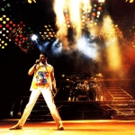 queen-wembley-wallpaper.jpg