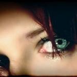zöld szem.jpg