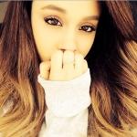 Ariana-Grande-Instagram1.jpg
