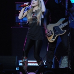 avril-lavigne-performing-live-y100-jingle-ball-2011-01.jpg