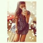 Ariana-Grande-Looks-7.jpg