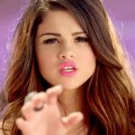 Best-video-moment-selena-gomez-love-you-like-a-love-song.jpg