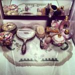 14100-Antique-Vanity-Set.jpg