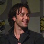Alex O'Loughlin photo at San Diego Comic Con.jpg